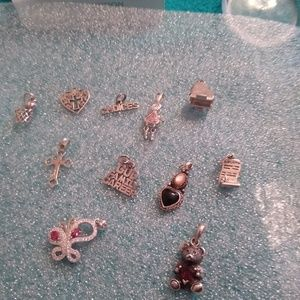 Jewelry - Sterling charm lot